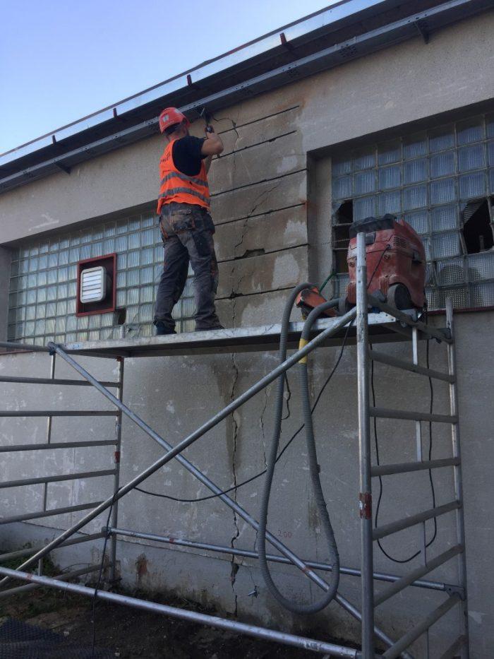 Oprava haly v České zbrojovce